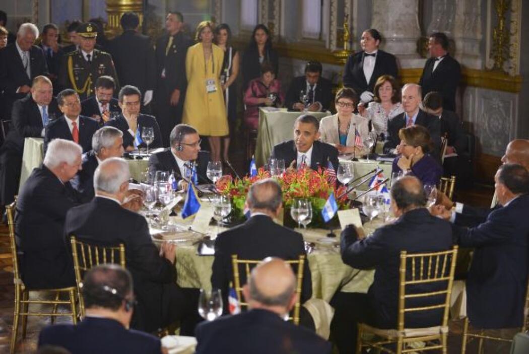 """La seguridad sigue siendo """"un problema acuciante"""", pero Obama y los mand..."""