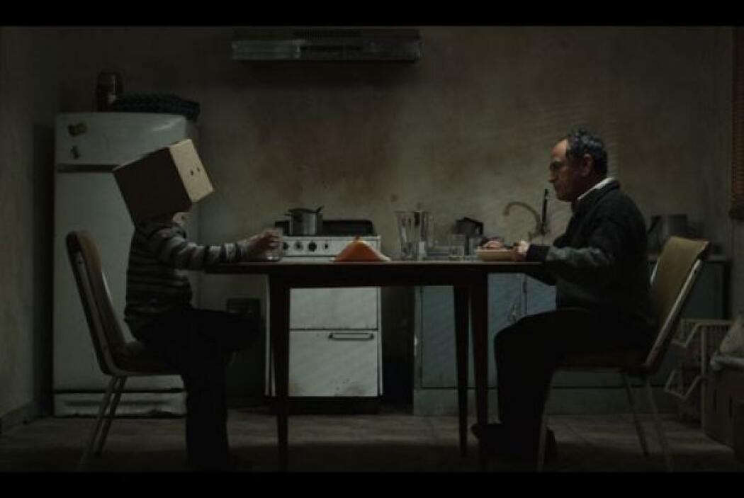 """Perú, presenta el """"El limpiador"""", por Adrián Saba de Miunck, un joven de..."""