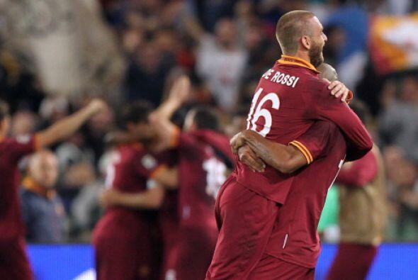 Los Giallorossi y Napoli irán a Champions. Dos lugares para Europa Leagu...