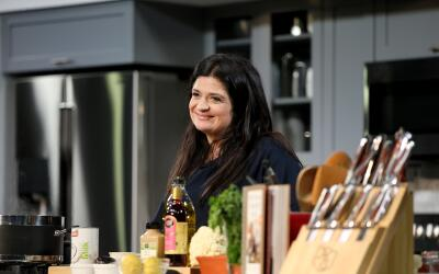 Alex Guarnaschelli será la CFO (Chief Food Officer) del Ozu Fusion Fest...