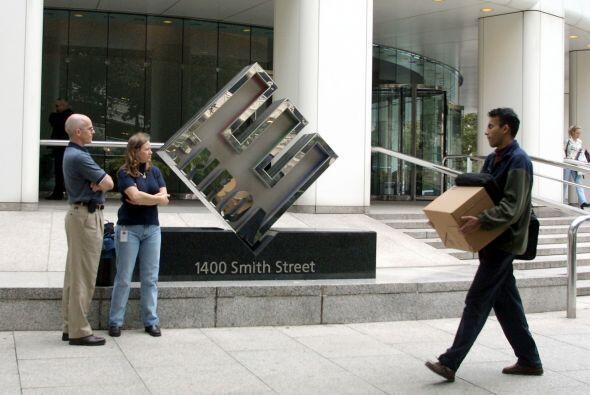 """6. Enron (corredor de energía) - 2 diciembre 2001 """" $65,500 millones."""