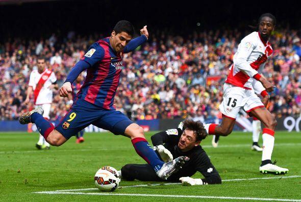 Pero no fue todo, Suárez no estaba conforme y a pase de Lionel también s...