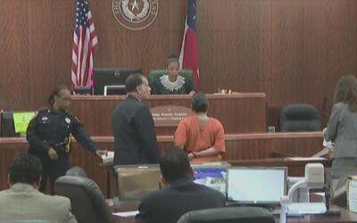 Sentencian a 30 años de prisión a una madre acusada de lesionar a su hij...