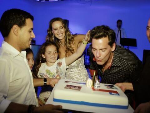 Cristián de la Fuente celebró su cumpleaños número 40, y Sal y Pimienta...