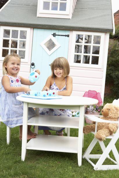 'Playhouse'. Niños y niñas por igual adorarán jugar en estas casitas de...