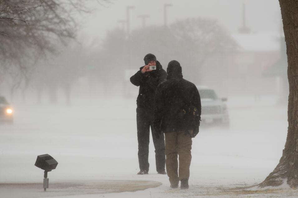 La tormenta sigue activa tras azotar cinco estados de EEUU nevada-texas5...