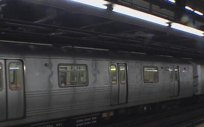 Este lunes comenzó el cierre de tres estaciones de la línea 'R' del subw...