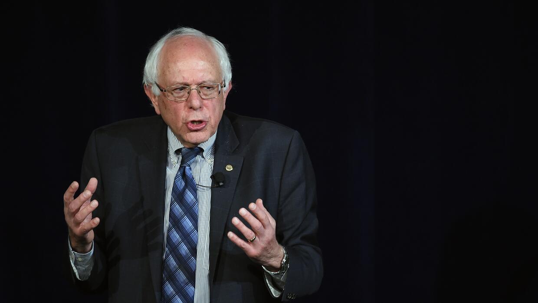 Bernie Sanders durante su presentación en el foro de inmigración.
