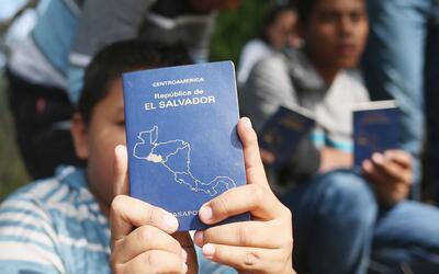 Niños migrantes salvadoreños.