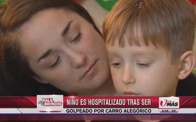 Niño es hospitalizado tras ser golpeado por carro alegórico