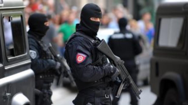 Un portavoz del Ministerio del Interior de Serbia confirmó que varias pe...