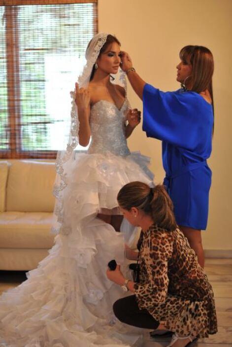 Ale ya contaba los días para su boda con Anibal, coreógrafo que conoció...