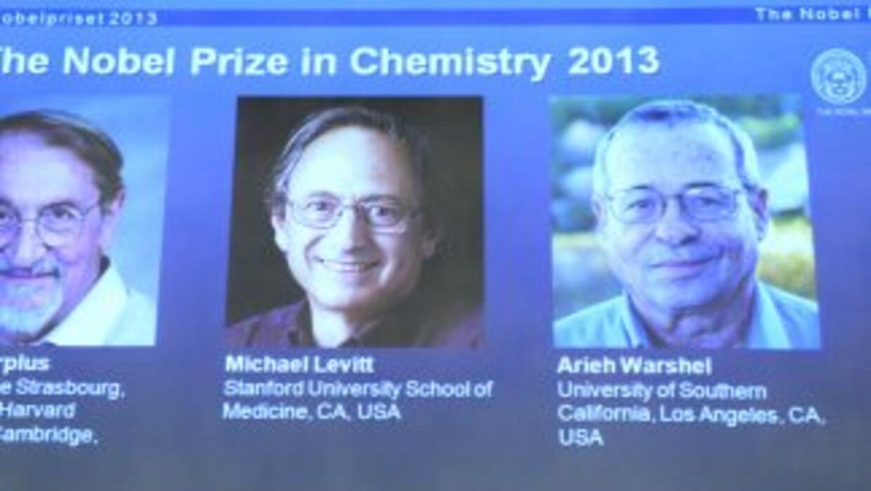 El austriaco Martin Kaplus, el británico Michael Levitt y el israelí Ari...