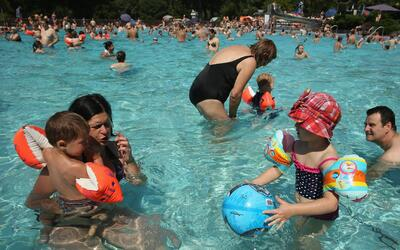 Recomendaciones para evitar accidentes en playas y piscinas de la Florida