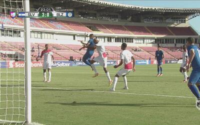 El Salvador puso el 3-0 en menos de media hora de juego ante Belice