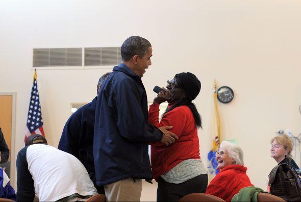 El Presidente Obama visitó albergues en Atlantic City, NJ, tras la devas...