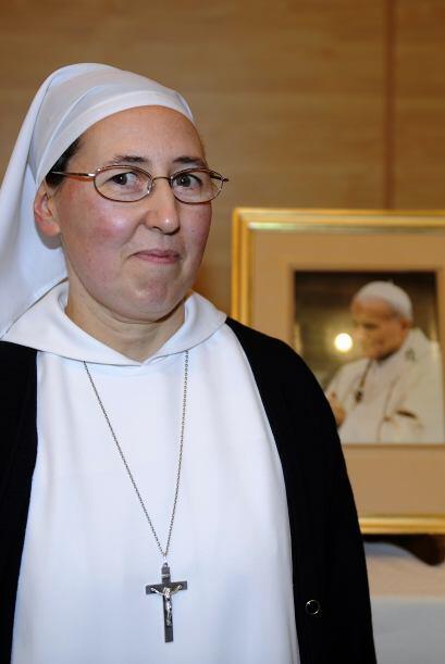 Se trata del milagro recibido por la monja francesa, Marie Simon-Pierre,...
