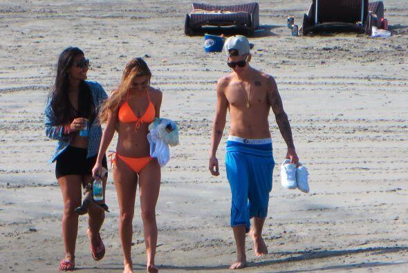 Tras un rápido vuelo, Bieber llegó a Panamá. Mira aquí lo último en chis...