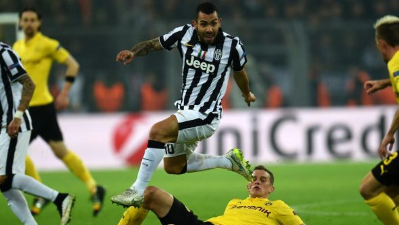 El delantero argentino hizo un doblete para destrozar al Dortmund en Ale...