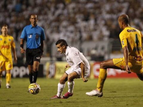 El Santos goleó en el torneo paulista con un 3-0 bien categ&oacut...