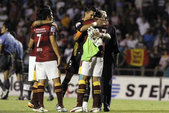 Estudiantes inició el Clausura 2012 en la última posici&oa...