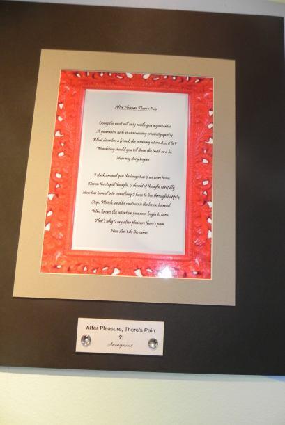 Una placa de reconocimiento.  St. Jude, cree firmemente que las familias...