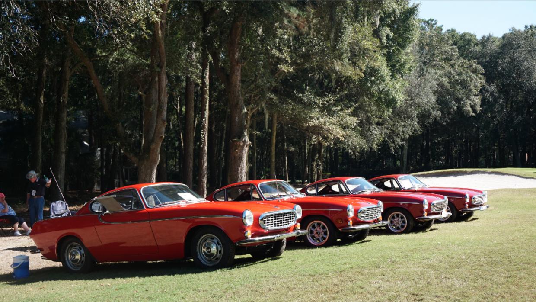 Grupo de Volvos P1800