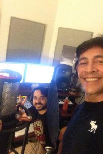 """""""Foto con mi panita @luisfonsi, gracias por tu ayuda en la grabación"""", m..."""