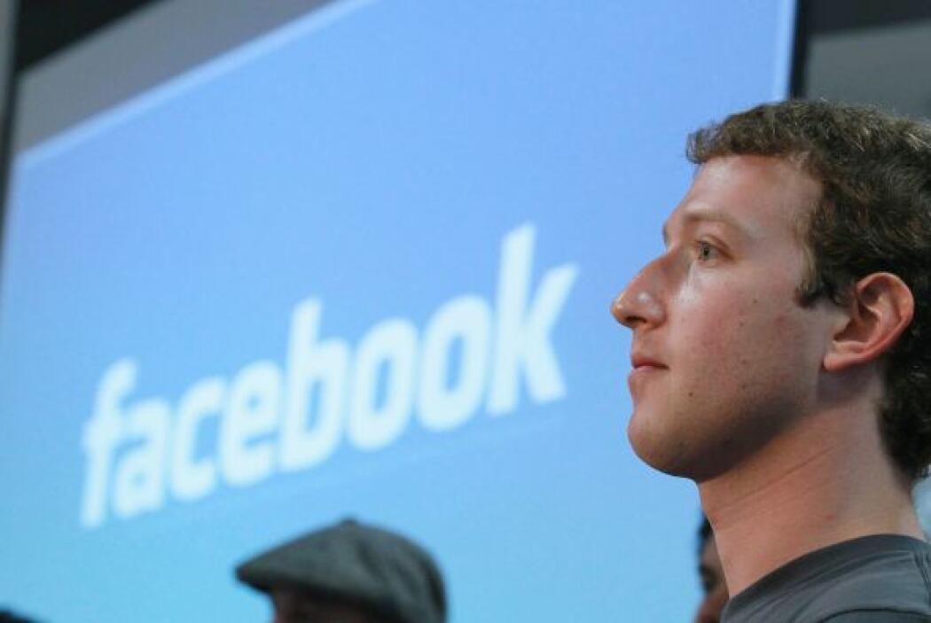 FACEBOOK   Aunque parece ser que casi nadie puede vivir sin Facebook en...