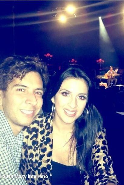 """""""Noche de recuerdos escuchando el gran repertorio de @Ricardo_Arjona"""", c..."""