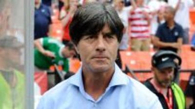 El técnico alemán sabe de la calidad de Mesut y no puede entender su ven...