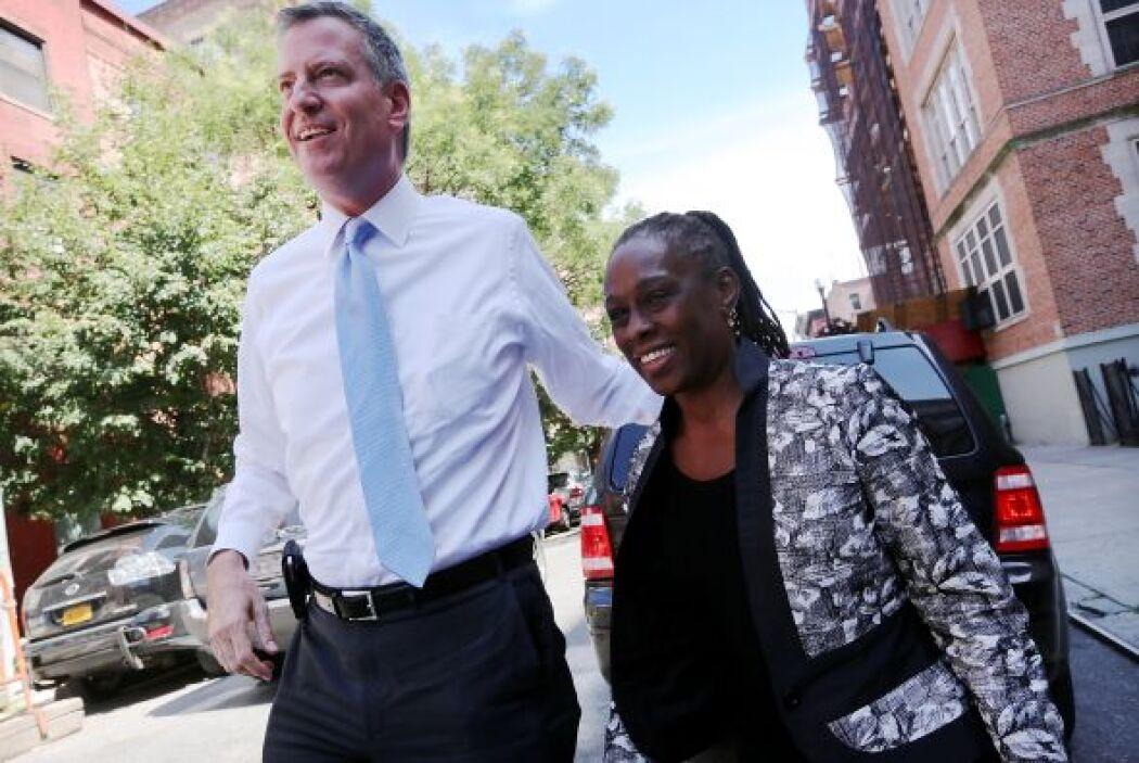 Los electores de NY votaron sobre seis propuestas, entre las que la más...