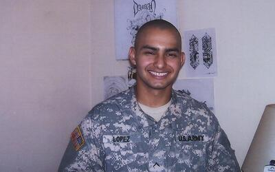 La campaña de Hillary Clinton usa la emotiva historia del soldado hispan...