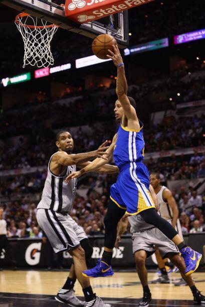 Junto a Curry, otros cinco jugadores de los Warriors tuvieron núm...