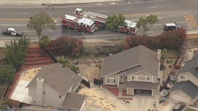 Camión choca contra una casa de San José