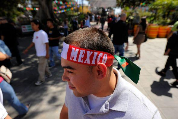 Los mexicanos fuera de sus fronteras imprimen a la celebración ma...