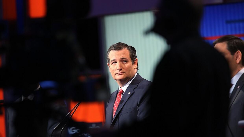 Cruz amenazó en un momento con irse del debate.