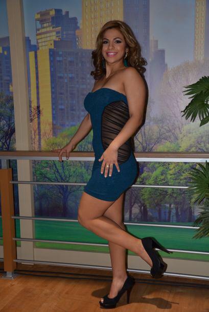 Gaby es cubana, vive en Miami, donde su meta es convertirse en una entre...
