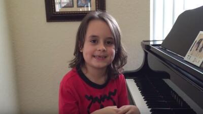 Niño autista sorprende con su talento a Taylor Swift
