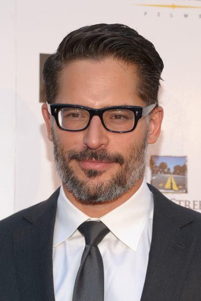 El actor se graduó de la universidad en el 2000 y se mudó a Los Ángeles...