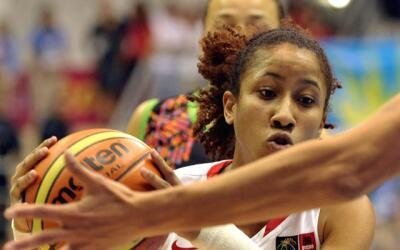 Armadora de la Selección Nacional Femenina de Baloncesto de Puerto Rico.