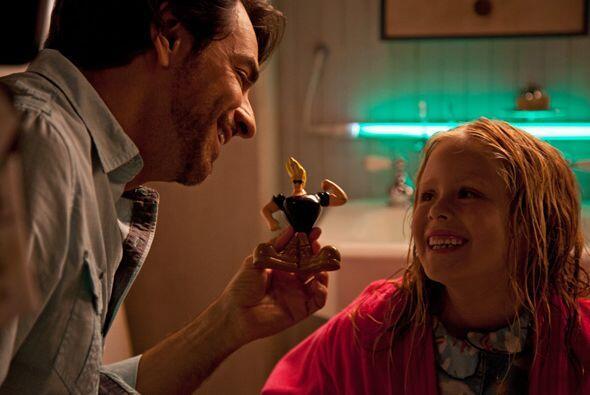 """Eugenio Derbez nos trae el estreno de su película """"Instructions Not Incl..."""