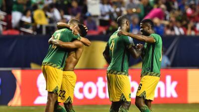 Jamaica se mantiene con vida en las eliminatorias