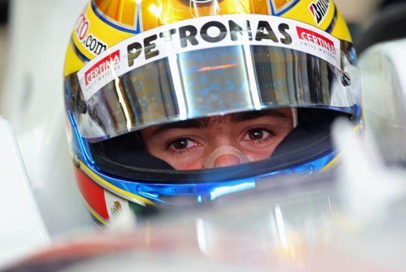 Su primera experiencia en la Formula Uno fue al volante del BMW Sauber F...