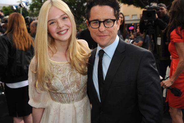 """En el verano de 2011, fue la estrella de """"Super 8"""". Aquí con el director..."""