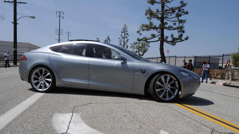 Conductor de un Tesla Model S se convierte en la primera víctima mortal