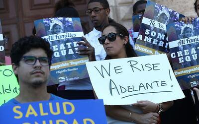 En un minuto: En 50 ciudades inmigrantes le pedirán a Trump que no activ...