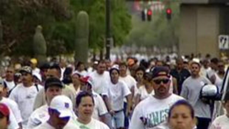 Activistas preparando para la marcha