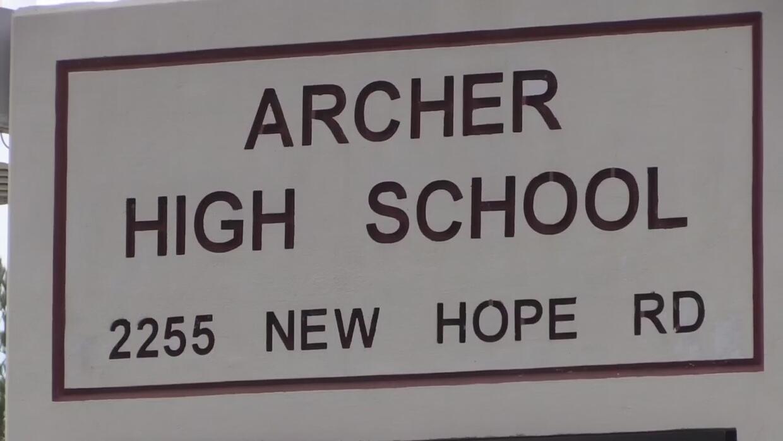 Tensión racial en escuela secundaria de Lawrenceville