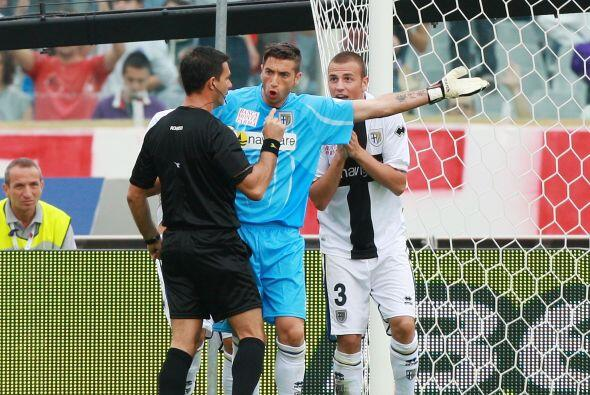 En la segunda mitad se marcó un penalti en contra de los visitant...